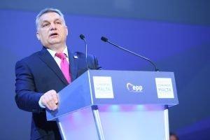 PorCausa hace un repaso del discurso político antimigración de Hungría, desde movimientos de ultraderecha como el Jobbik al Fidesz en el Gobierno.